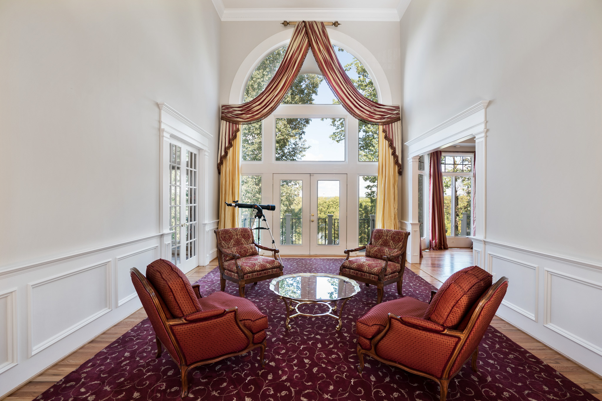 real estate photography - family room