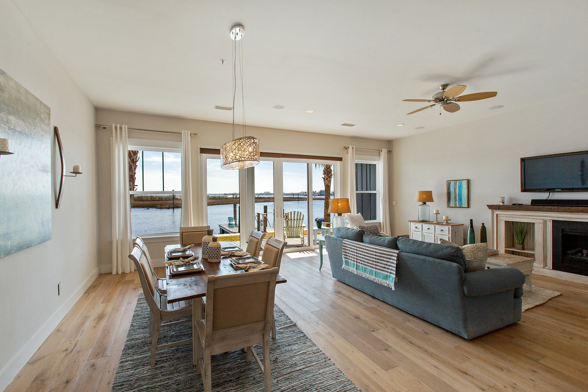 real estate photo - living room