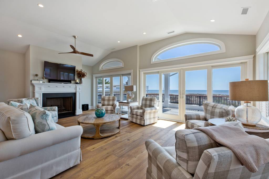 HDR Photo of ocean view in beach home