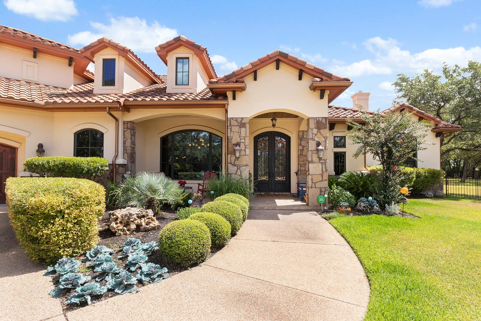 real estate photographer in Austin